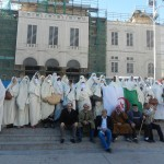 المراة الجزائرية أصيلة معتزة بسترها وحجابها